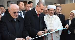 Cumhurbaşkanı Erdoğan, İlahiyat Fakültesi Camii'ni açtı
